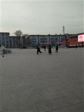 澳门龙虎斗网站人民也段练身体好,澳门龙虎斗网站古城广场真好。