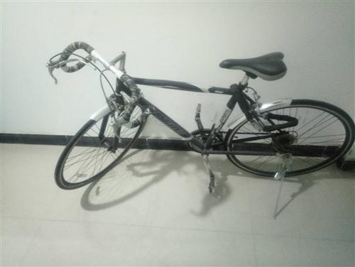 二手自行车,自己骑的。现在忍痛割爱