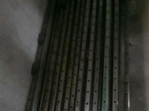 二手直线导轨,有25.30.35等规格,长度在15厘米到3.8米厂,15552198185李。