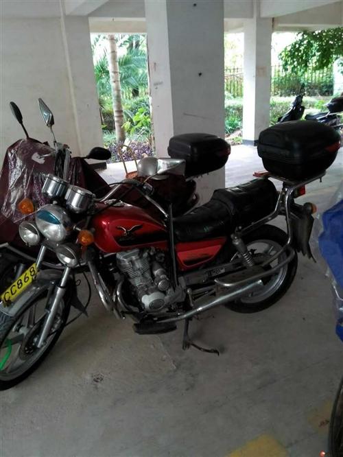 求购二手125太子摩托车,有意者电话联系。