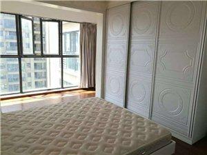 中央山水3室2厅2卫63万元