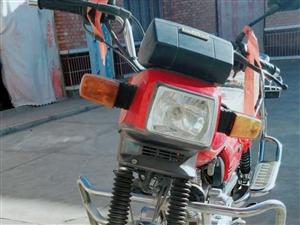 九成新钱江125型摩托车,刚过磨合期,车况超好,因本人在外地发展所以挥泪处理。电话:15348058...