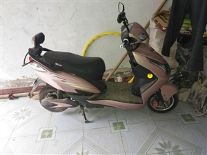 本人有一辆电动车刚刚买来骑了不到一个月,75v的原价3500