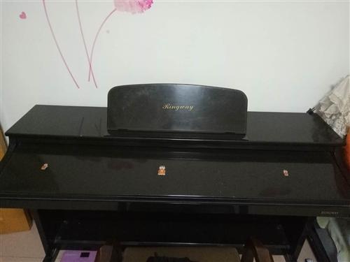 二手吟飛牌電鋼琴給錢就賣。原價2200。