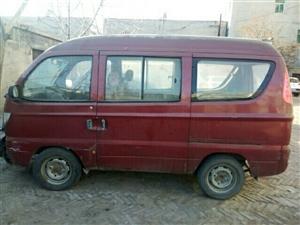 出售红色哈飞面包车