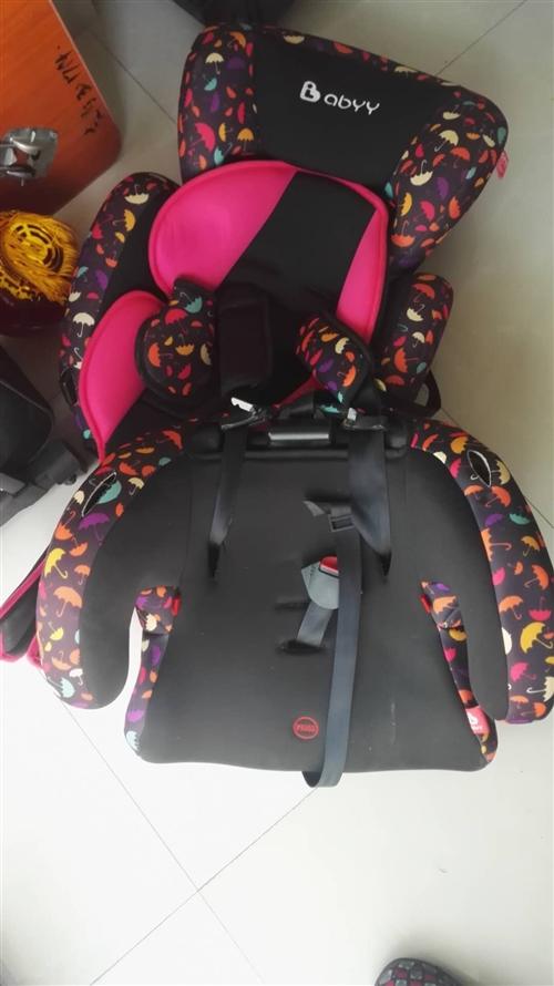 儿童安全座椅99新,低价转让150元