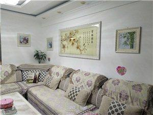 苏武社区6号楼有精装现房一套,欲出售,大套房,地理位置优越,采光非常好,可看房,价格详谈。电话180