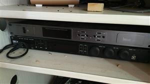 应本人改行,现所有KTV音响设备低价转让,联系电话15932933645胡。