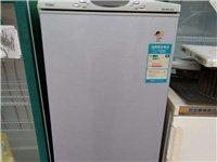 冷藏室容积115升,冷冻室容积46升,软冷冻室容积25升售价500元。