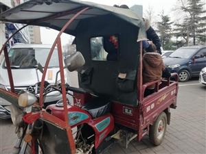 本人有一辆江苏宗申三轮摩托车!八成新!(机器110的!)带车棚子!挡风玻璃!平时在家没怎么骑,也就农...