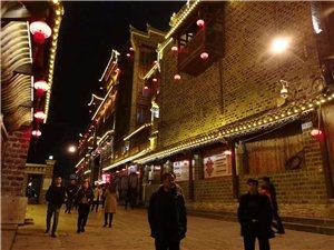 铜仁――中南门,喧闹城市中力拼出静逸的一隅之地。