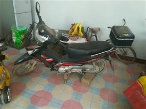 豪爵摩托车,正常使用,没有维修过,行驶7千公里。在家不经常用。有要者,联系18238230827