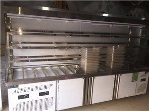 因店铺升级,出售一麻辣烫展示柜一体机,九成新。带菜盆,肉盆。长三米高1.8米