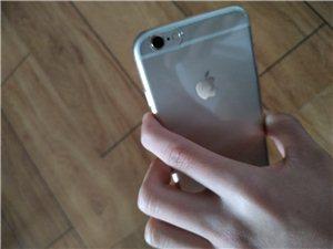 64giPhone6低价出,自用,成色完美,电池刚换了原装杠杠的,指纹排线问题所以用不了了,没有其他...
