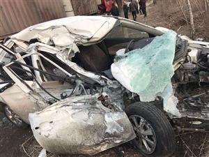 营口市站前区工农路光明酒店附近出惨重车祸