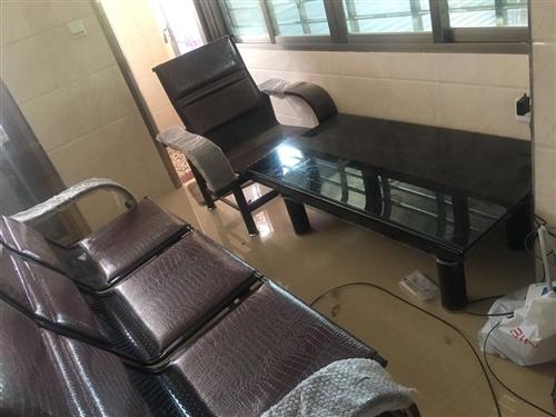 座椅没有用过的,很新,回老家带不方便,现在便宜转啦!