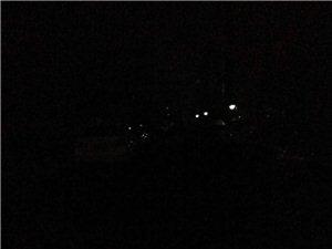 黑暗的吉鹤苑小区