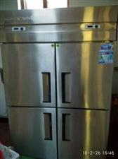 『和静县』本人现有食堂专用灶两个,四开门冰箱(上面冷冻,下面冷藏)全部95新,有需要的亲们,电话联系...