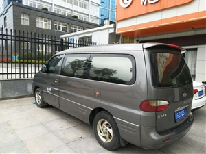 2010年瑞丰柴油版商务车7座七成新车转让