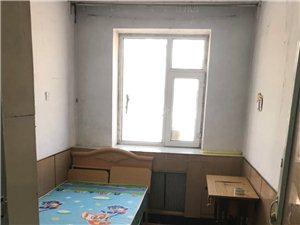 丹顶鹤小区2室1厅1卫25万元