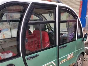 ,四轮出售,因长期在外地,出售九成新鲁克电动四轮车,价格面议18737804248