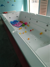 宝宝游泳池大小池,大池5米乘2米,全新只用了两次。一共13万的东西现血赔处理。赶紧联系。