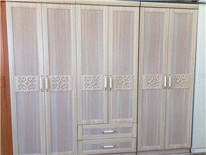 全新衣柜 3个一套   每套1500元     全新实木床加床垫1800元   市区包送   要货需...