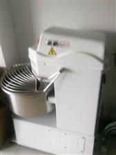 二手面包房设备和少量厨房用品