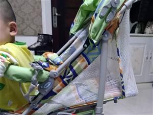 九成新都是没怎么用过的,婴儿推车和背带腰凳