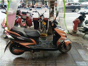 小刀电动车8.5成新