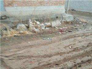 这是南杨庄小窝头的路有关部门能不能给修修,
