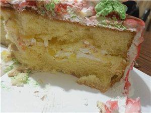 澳门太阳城网站华美都蛋糕城,骗人啊,买的10寸的,25公分
