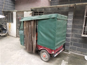 小型百事利专柜正品电动三轮车低价出售,七成新,买来没怎么用,1600元