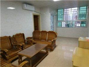 三十六米大街中国电信楼上3室1厅1卫2000元/月