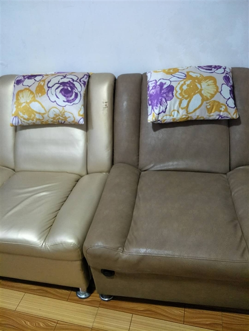 二手电动沙发出售,300元一张,不议价