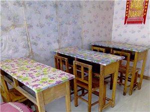 学生桌椅50一套,纯实木,