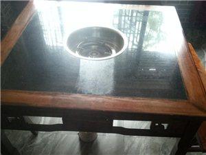 桌子是新的