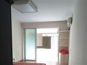 锦绣青城3室2厅2卫1400元/月