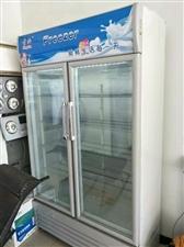 低价出售:冰箱七成新,电话15075275830