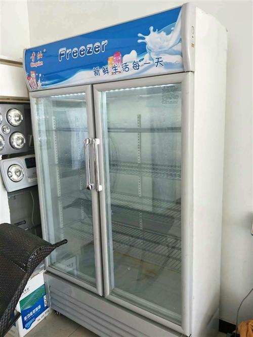 低價出售:冰箱七成新,電話15075275830