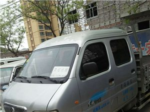 东风华神,油气两用,2012年4月上牌,现跑了20