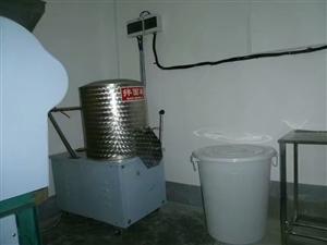 低价转让梅州客家生晒面设备一套。水电。食药监所需证照齐全。有固定批发商销售。投资即赚钱。场地干净卫生...