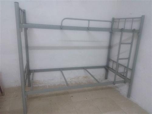全新1米二层铁床,2张,买回来后没用过,合适的打15913617209,自己来拿。