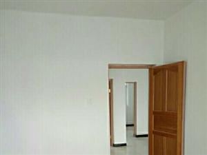 凤翔县东大街天香楼西侧家属楼3室2厅1卫600元/月