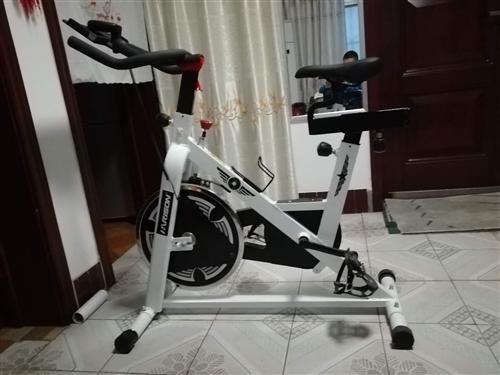 动感单车,买了基本没怎么用过,一直在家闲置,有需要朋友可以联系我?? ?? ??