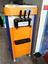 低价出售一台九五成新立式冰激淋机,有意者联系。
