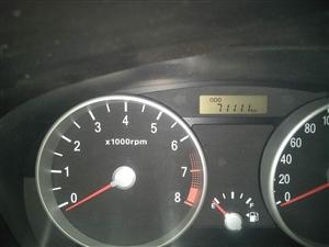 2008年9月的现代雅绅特,无大事故,有小磕碰,车面有补漆,12月份做的大保养和换的四条新轮胎,车贩...