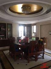 凤冠山庄别墅豪华装修250平6室2厅3卫870万元