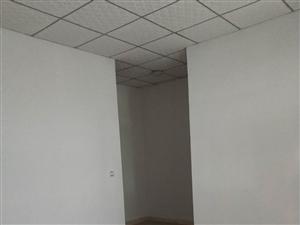 恒源酒店对面,个性男孩楼上1室1厅1卫500元/月