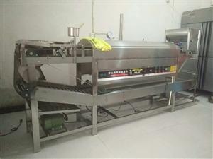 这是一台多功能机,可以生产河粉,卷粉,肠粉,米皮,凉皮,非诚勿扰